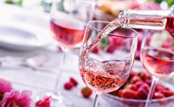 rose-wine-650x400 (Custom)