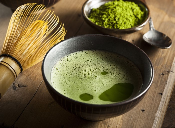 matcha-green-tea-powder-wisk (Custom)